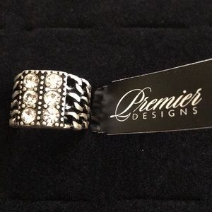 NWT Premier Designs Silver & Gemstone Ring Size 7